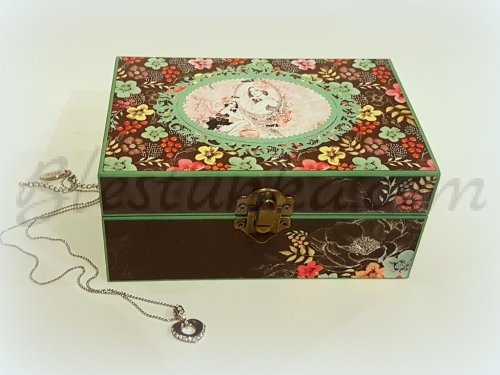 The wooden jewellery box