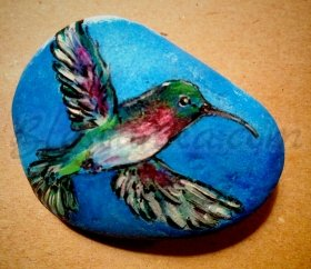 "Decorated Stone ""Humming Bird"""