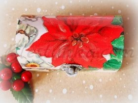 "Small wooden jewellery box ""Poinsettia"""