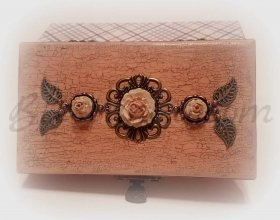 "Set ""Ashes of roses"" - a bracelet in box"