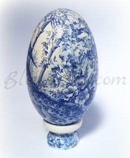 "Decorative ceramic egg ""The blue garden"""