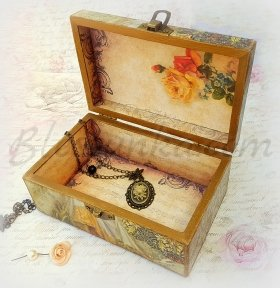 "A  jewellery box ""The return of the little sister"""