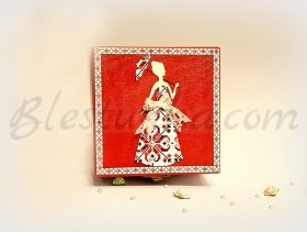"Wooden jewellery box ""Еmbroidery"""