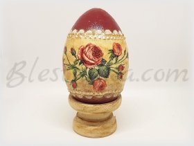 "Decorative wooden egg ""Red roses"""