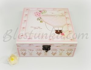 "Baby`s Treasures Box ""Balloon ride"": girl"