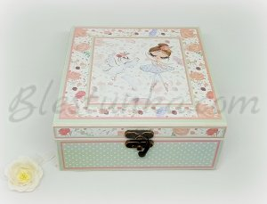 "Baby`s Memories Box ""The girl with the flowers"""