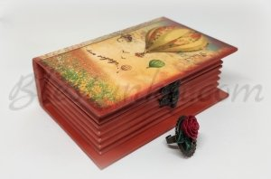 "Wooden treasure box ""Romance"""